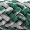 Une photo d'un cordage blanc et cyan